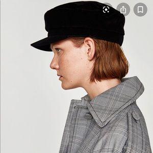 Zara Newspaper Cap